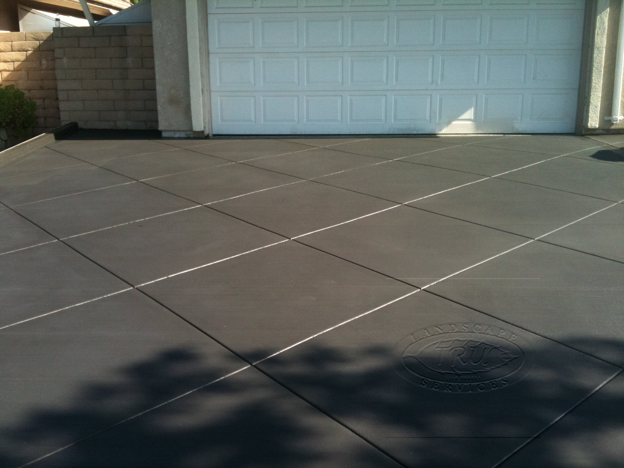 Diamond Patterned Cut Concrete